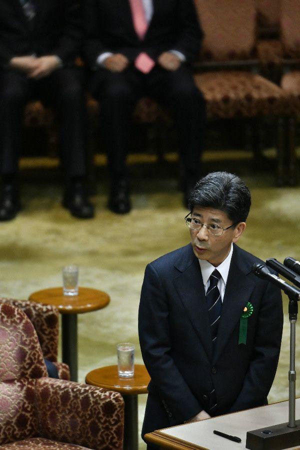 証人喚問に立つ佐川前国税庁長官 ©文藝春秋