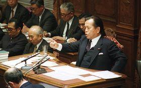 ご存知ですか? 2月6日は浜田幸一氏が共産党議長への「殺人者」発言をした日です