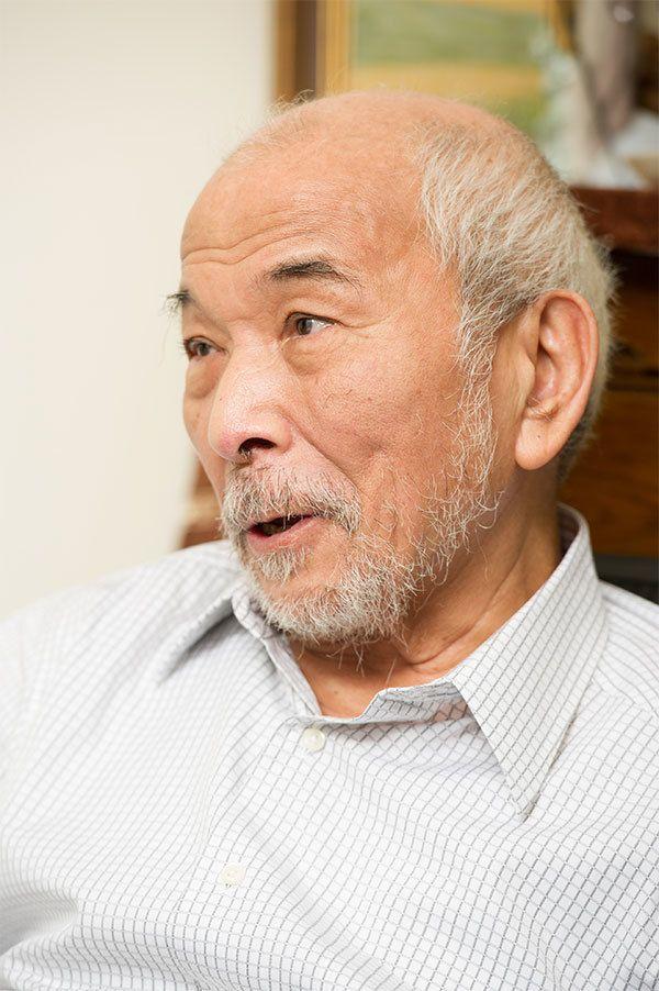 にしべすすむ/1939年、北海道生まれ。東京大学大学院経済学研究科修了。83年『経済倫理学序説』で吉野作造賞、84年『生まじめな戯れ』でサントリー学芸賞、2010年『サンチョ・キホーテの旅』で芸術選奨文部科学大臣賞を受賞。『妻と僕』『中江兆民』など著書多数。