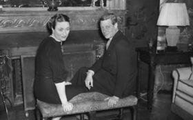 ご存知ですか? 6月3日は前イギリス国王のウィンザー公が禁断の恋を成就させ、シンプソン夫人と結婚した日です