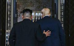 トランプ大統領VS.金正恩委員長、なんとなく会って握手をするの巻