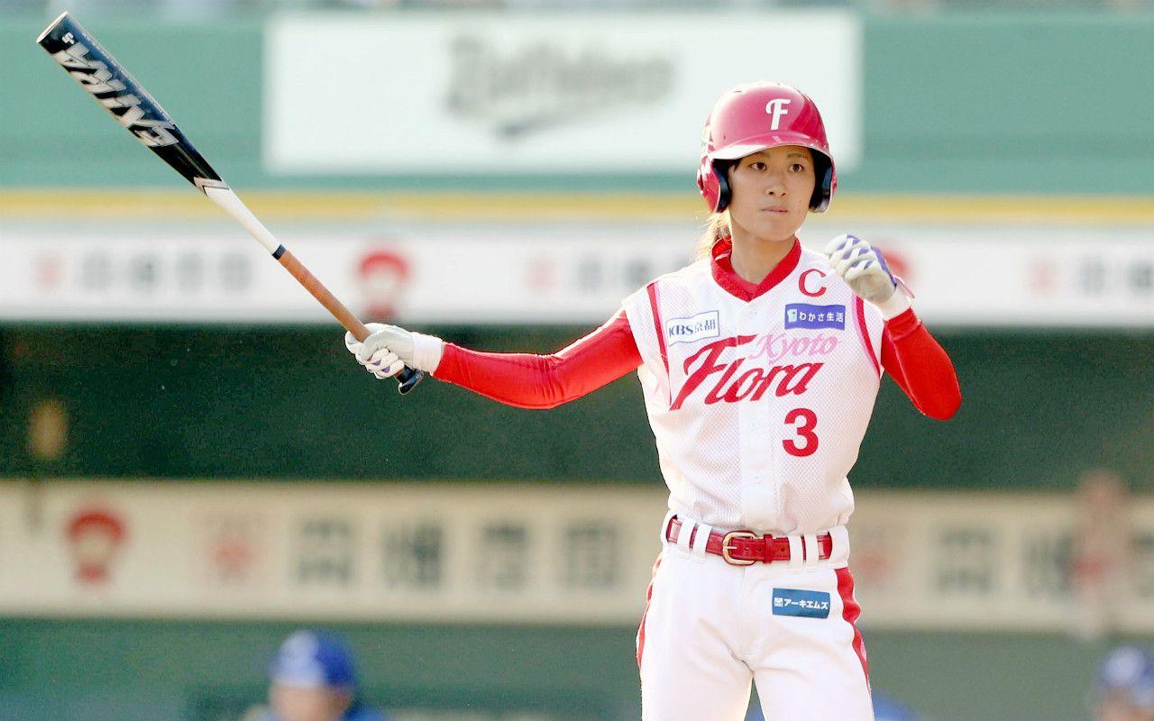 女子プロ野球リーグ初の通算400安打を達成した京都フローラの三浦伊織