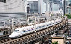 新幹線の駅、地方空港はなぜみんな同じカタチをしているのか