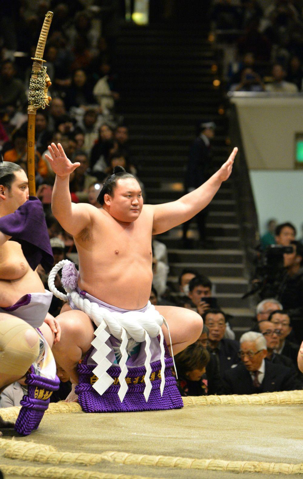 大相撲 平成30年初場所 2日目の白鵬 ©志水隆/文藝春秋