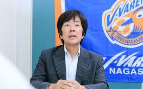 ジャパネットからJリーグへ 高田明社長が語る「倒産寸前のチームを復活させた一言」