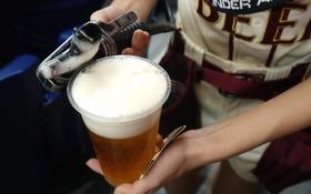 実録! 野球ファンが知らない「球場ビール売り子のリアル」