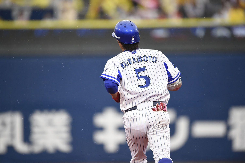 昨季はフルイニング出場を果たしたが、今季は2軍落ちも経験した倉本寿彦 ©文藝春秋