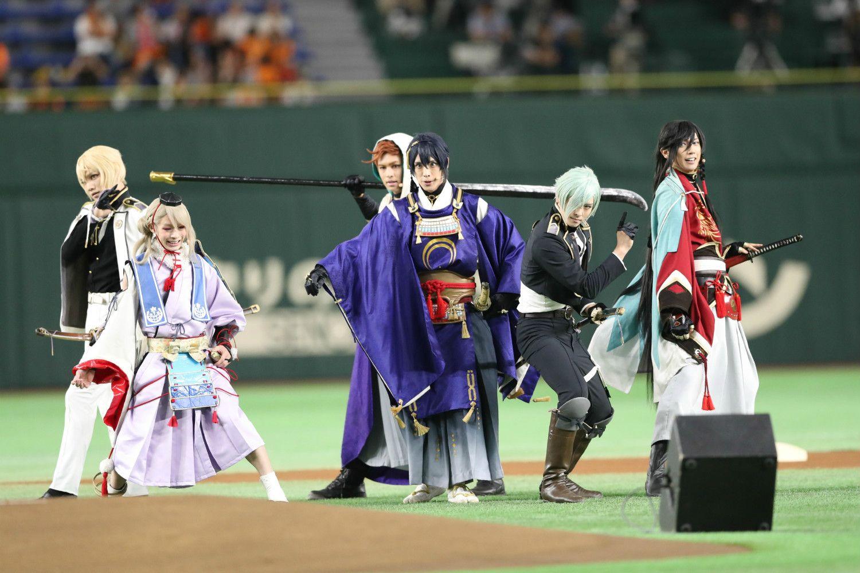 今年9月、東京ドームにてパフォーマンスを行った『刀剣乱舞』の「刀剣男士」たち