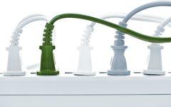 コンセントの差込口が足りない! そんなとき超便利な電源タップ4製品