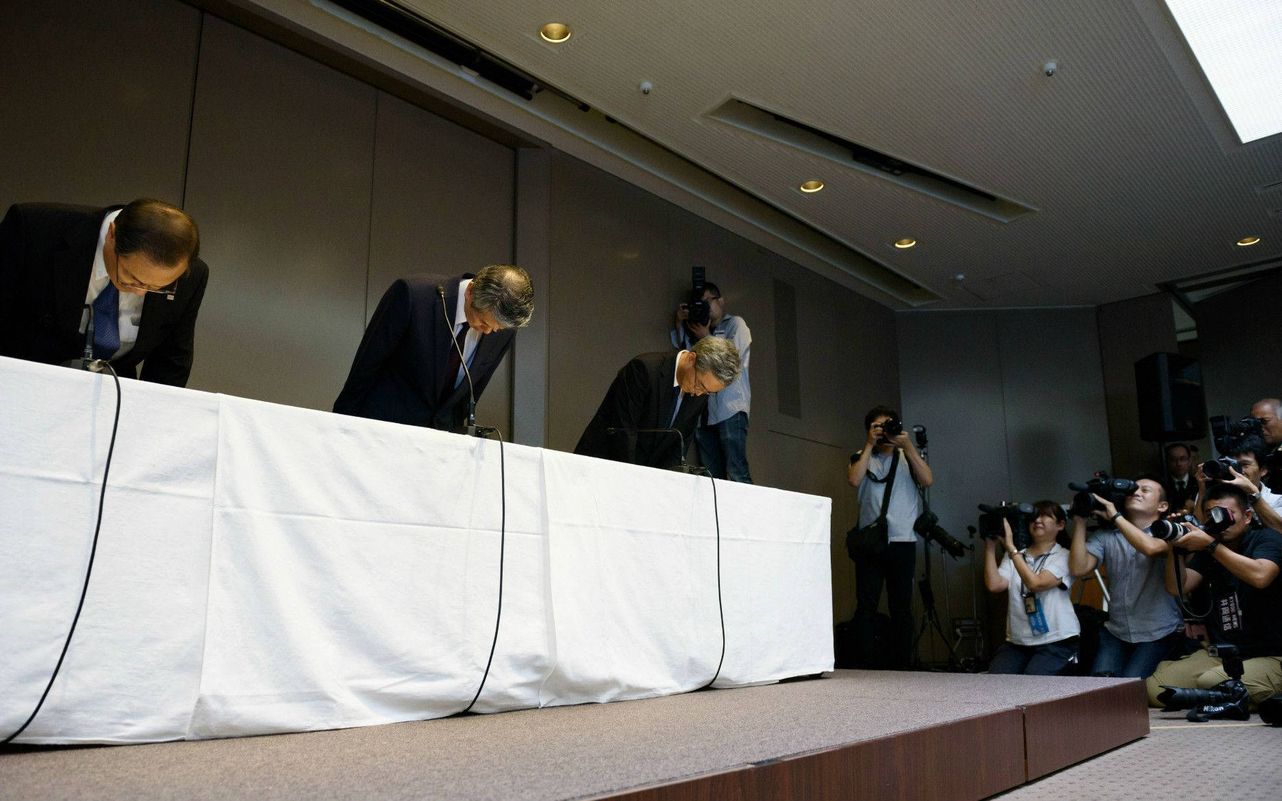 不正会計を詫び、辞任した田中久雄前社長 ©getty