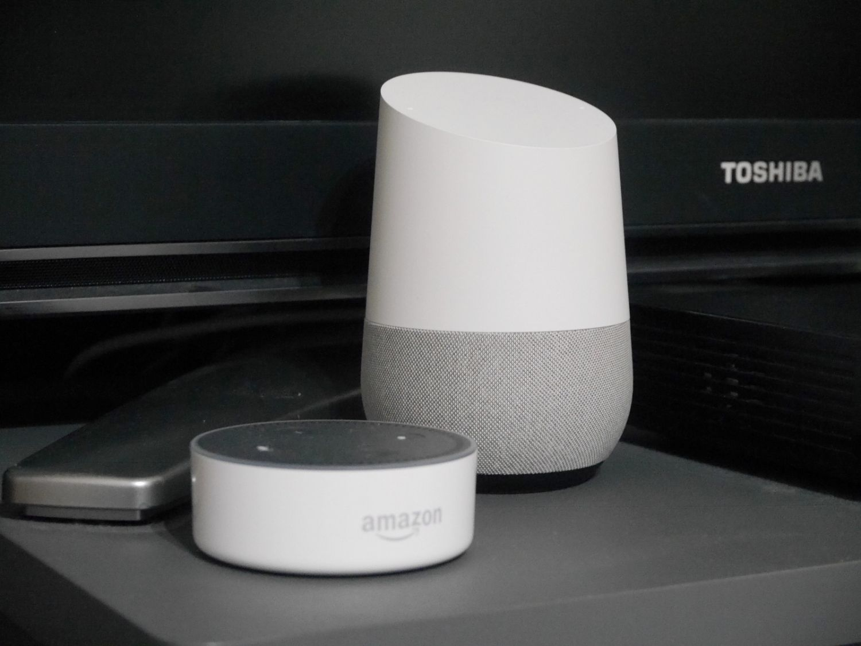 Amazonの「Amazon Echo」、Googleの「Google Home」など、スマートスピーカーは続々と登場中です
