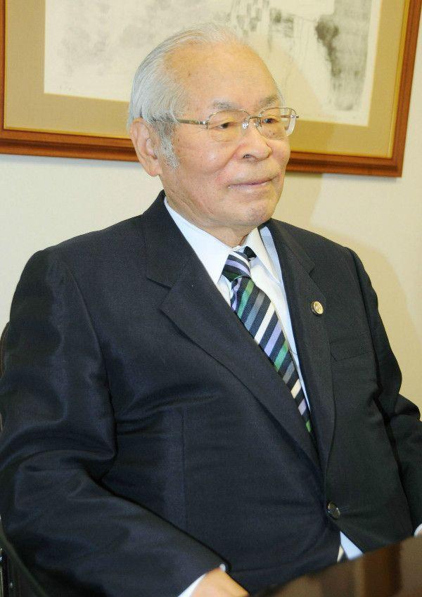 弁護士生活59年の岡村勲氏 ©共同通信社