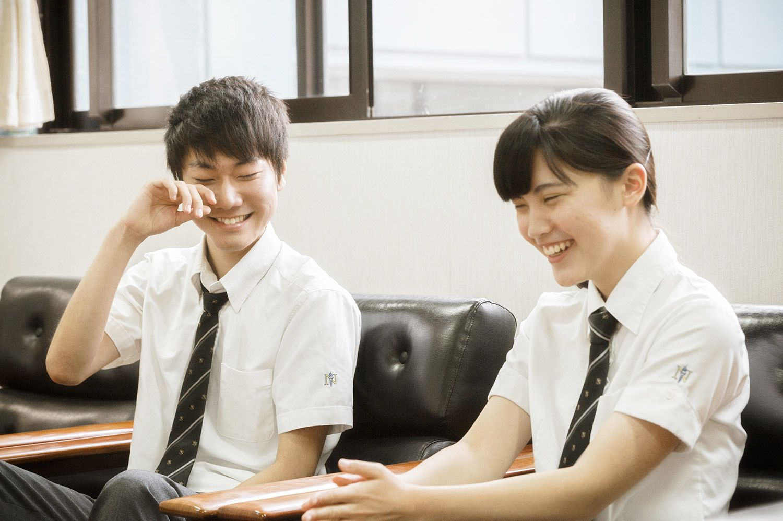 """""""クイズカップル""""の木多祐太くん(左)と中島彩さん(右)"""