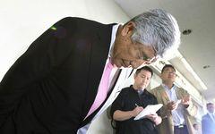 日大アメフト部・内田正人監督の辞任会見は、なぜ誠意が感じられなかったのか