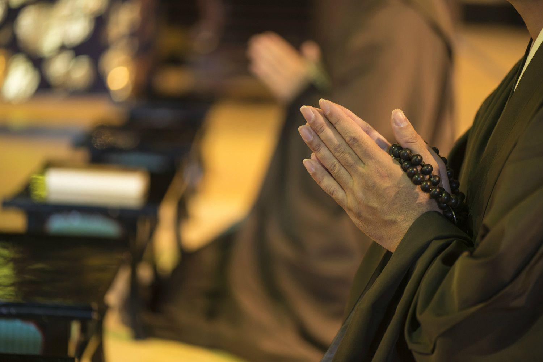 日本の仏教は、先祖供養の意味合いが大きくなった ©iStock.com