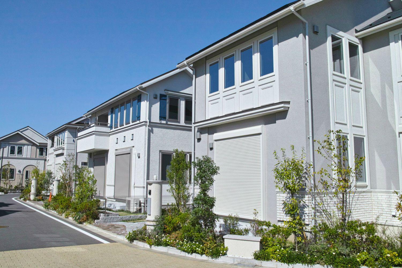 投資の観点から見ると、家の購入は危険な大博打 ©iStock.com