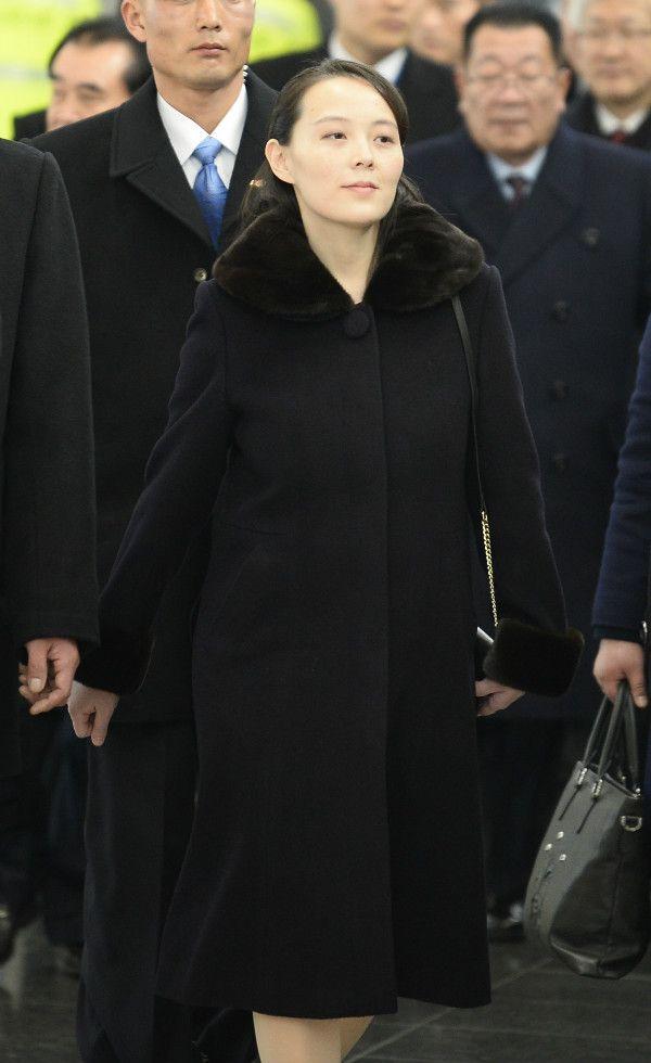 2月9日、金正恩委員長の専用機「大鷹2号」で韓国の地を踏んだ金与正第一副部長 ©共同通信社