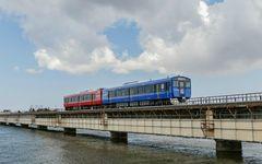 鉄道にもエネルギー革命 男鹿線を走る蓄電池電車が広げる未来