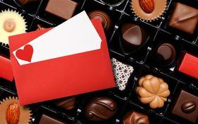 日本人はいつからバレンタインにチョコを渡すようになった? 「モロゾフ」説と「メリー」説を検証