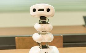 """豊橋の""""若き工学者""""たちは、なぜ「役立たずロボット」を作り続けるのか?"""