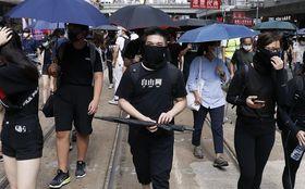 顔を隠してデモに参加すると罰則……香港「マスク禁止法」の本当の狙い