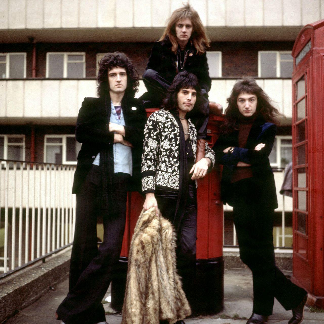 queen バンド ファッション