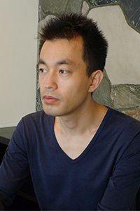 まえだしろう/1977年東京生まれ。劇作家、演出家、小説家。劇団「五反田団」主宰。97年、劇団「五反田団」を旗揚げ。2005年『愛でもない青春でもない旅立たない』で小説家デビュー。09年『夏の水の半魚人』が三島由紀夫賞を受賞。最新の脚本・監督映画『ふきげんな過去』が公開中。
