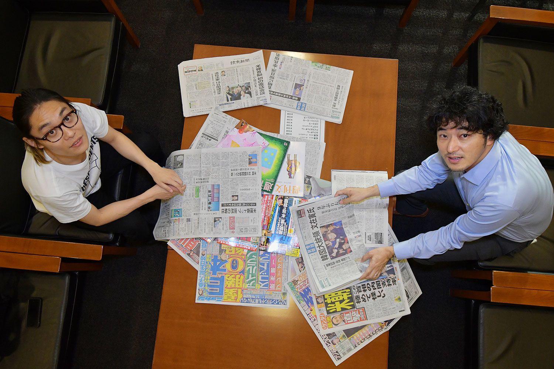 おぐらりゅうじ(左)=1980年生まれ。編集者。速水健朗(右)=1973年生まれ。ライター。 ©杉山秀樹/文藝春秋