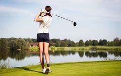 ゴルフ特集「ラクに飛ばせる最新クラブがスコア向上を助けてくれる」