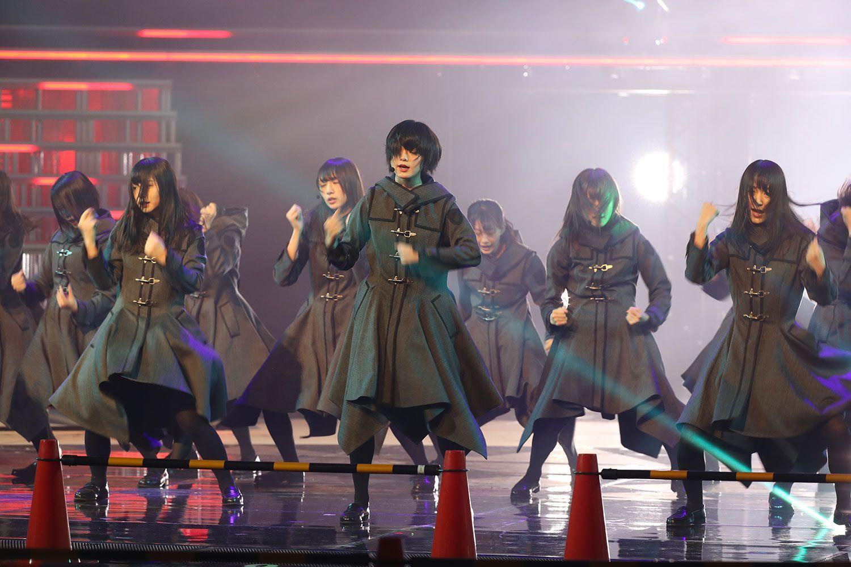 昨年の紅白リハーサルでの欅坂46 ©文藝春秋