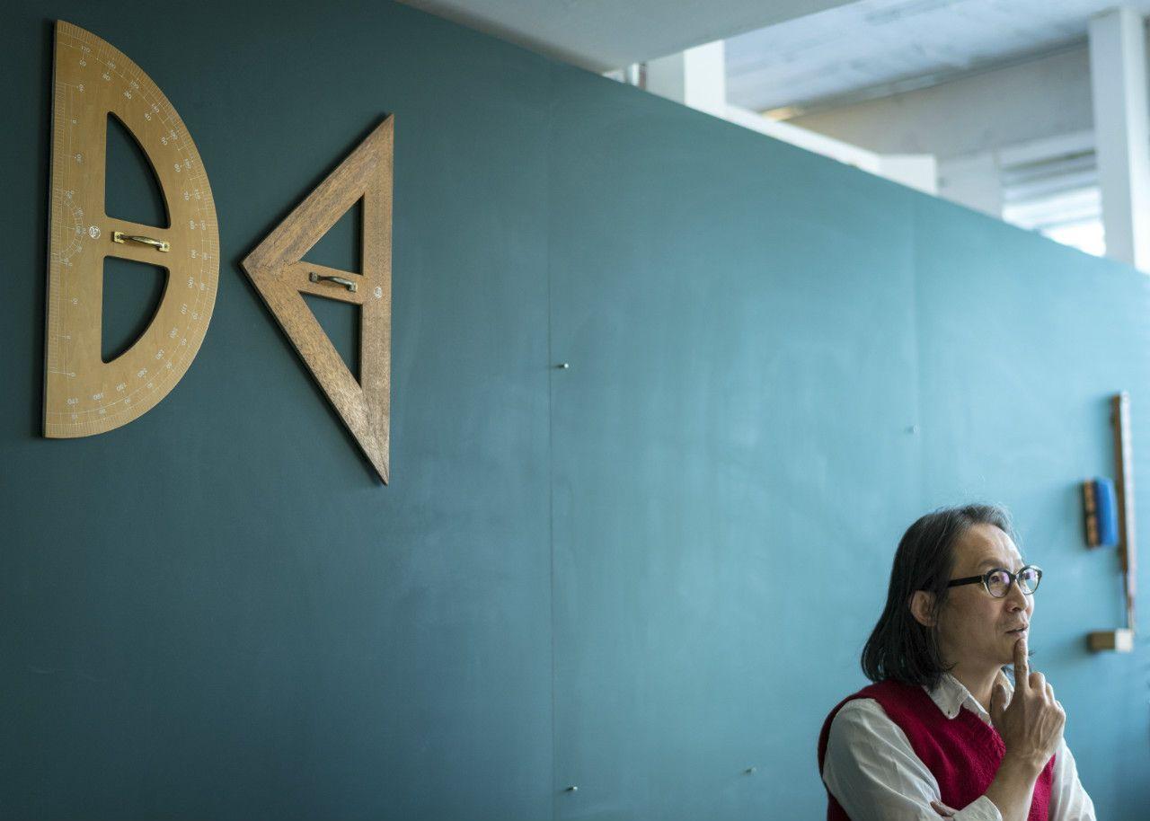 取材は都内にある中山氏の事務所で行った ©杉山拓也/文藝春秋