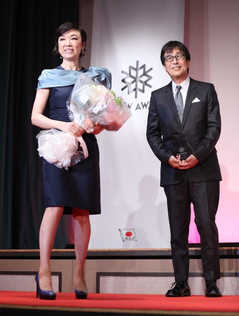 結婚42周年を迎えた松任谷正隆・由実夫妻 ©時事通信社