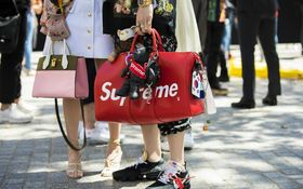 無印もシュプリームも……ファッションにおける「パクリ」はなぜなくならないのか
