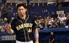 勝った日も負けた日も……なぜ阪神・梅野隆太郎は必ず記者の前で立ち止まるのか