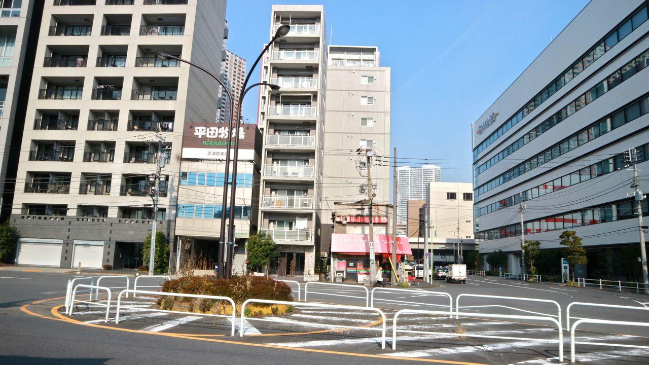店の目の前のロータリーに、東京オリンピック以前は黒人の兵士が立っていた