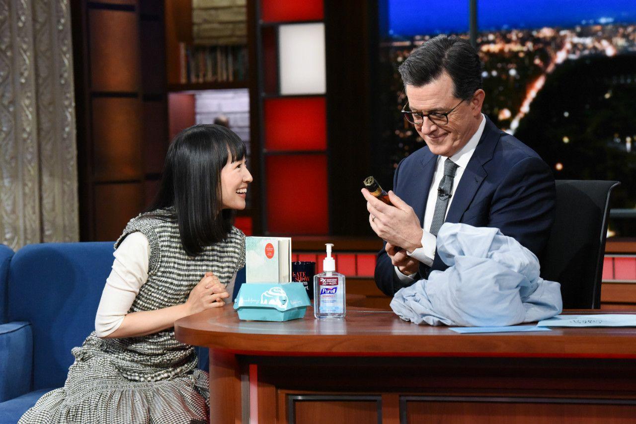 米人気番組「The Late Show with Stephen Colbert」にゲスト出演した近藤麻理恵 ©Getty Images