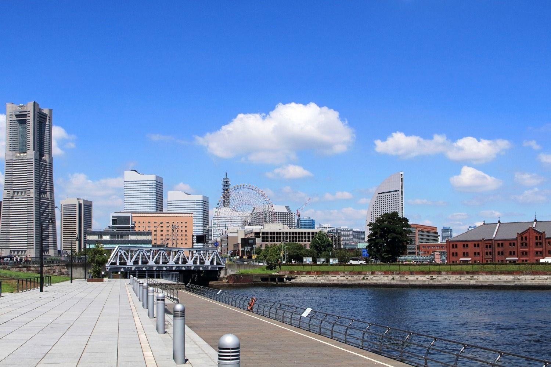 初の1位ではあるが、「横浜」と聞いてイメージするのは「みなとみらい」や山下公園あたりまで ©iStock.com