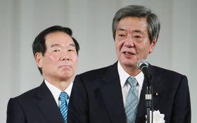 「岸田派うぃっしゅ!」に喜ぶ竹下会長 紙面で追う自民党おじさん「友達の輪」