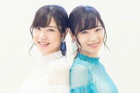 """「私たち、無料です」双子のMika+Rikaが語る """"フリー素材アイドルって何?"""""""