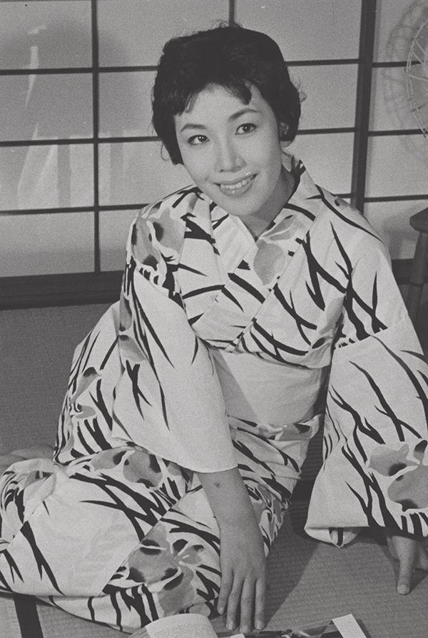 若き日の朝丘雪路さん(1958年撮影) ©文藝春秋