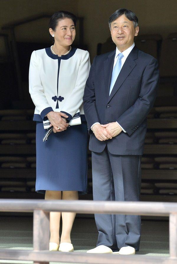 彦根城博物館を見学された皇太子ご夫妻