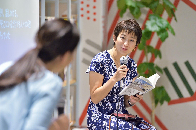 東京新聞社会部記者の望月衣塑子さん