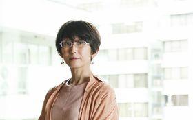 「乳がんをきっかけに始めたヨガでことりと眠れるように」――内澤旬子、乳がんを語る #1