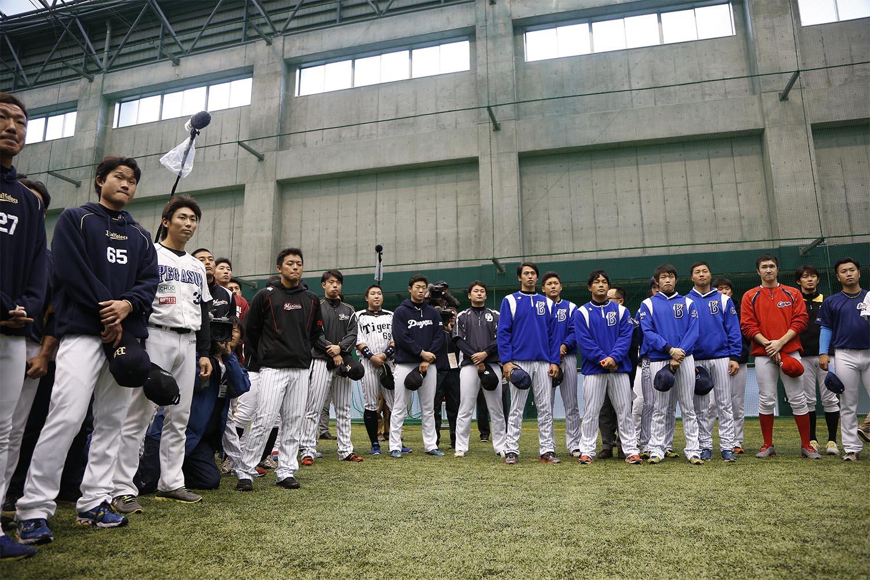 トライアウトを受ける選手たち ©文藝春秋