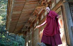 外国人僧侶が説く、「人生はメンドクサーイ」というブッダの教え
