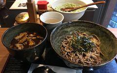 """東京でいま食べるべき「立ち食いそば」新メニューは""""この2つ"""""""
